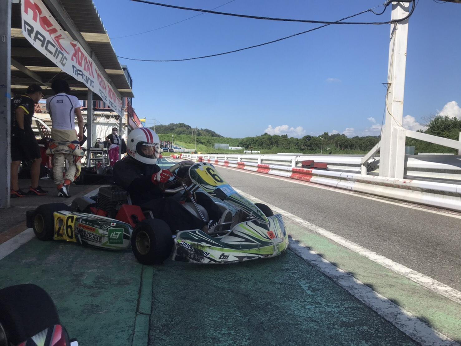 レーシングカート体験